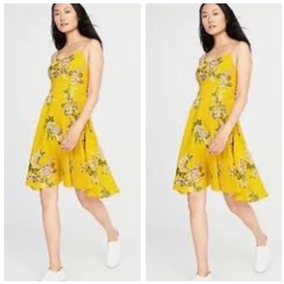 c58582340d1 YELLOW floral sundress DRESS mustard print M L. M 5a5175d42ab8c50e970317af